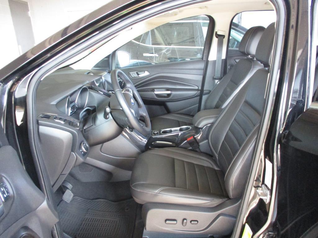 2016 Ford Escape Titanium - 130737