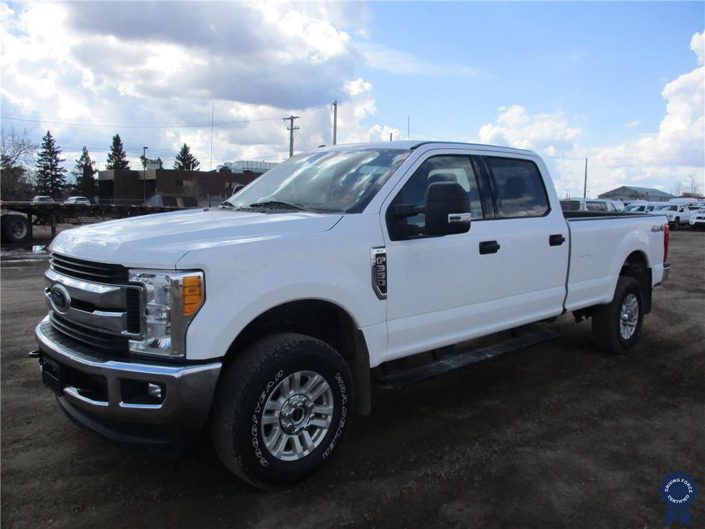 Click Here To View 2017 Ford Super Duty F-350 XLT - 142219