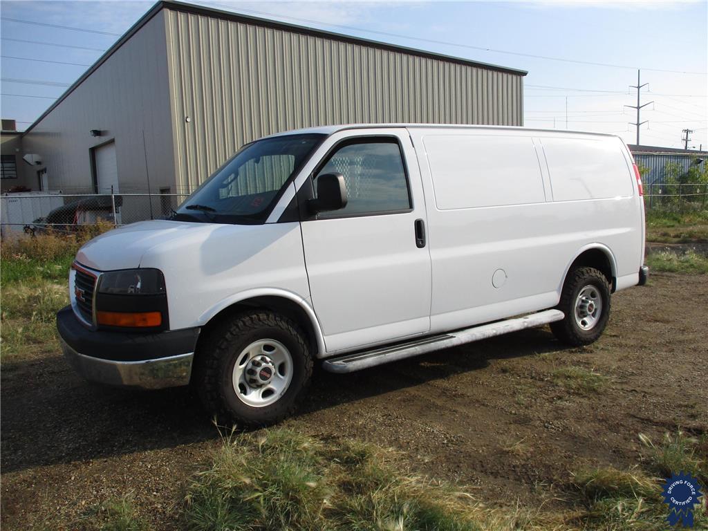 Click Here To View 2016 GMC Savana Cargo Van  - 145943