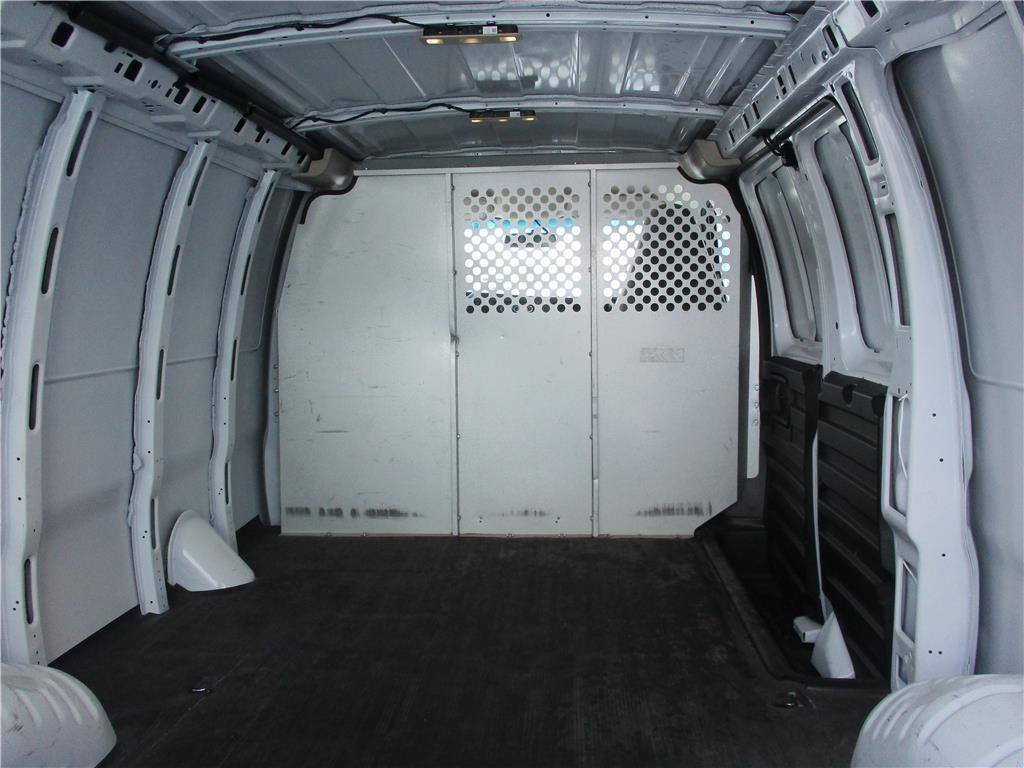 2018 GMC Savana Cargo Van  - 155027