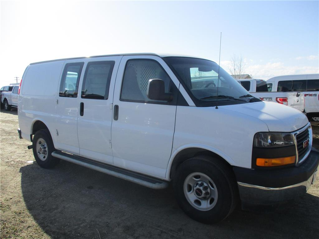 2017 GMC Savana Cargo Van  - 157946